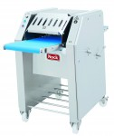 Poultry skinning machines
